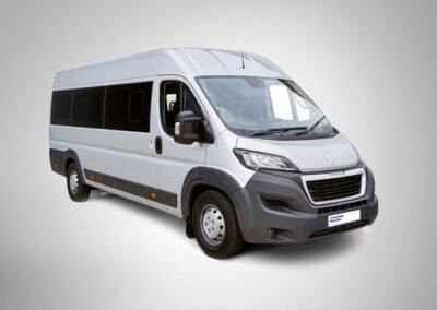 Peugeot L4 Minibus