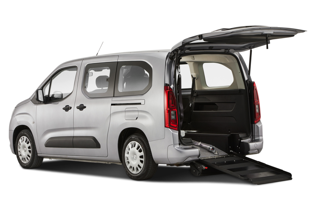 Renault Trafic rear with ramp down